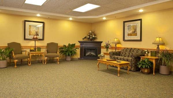 The Laurels of Bon Air: Lobby